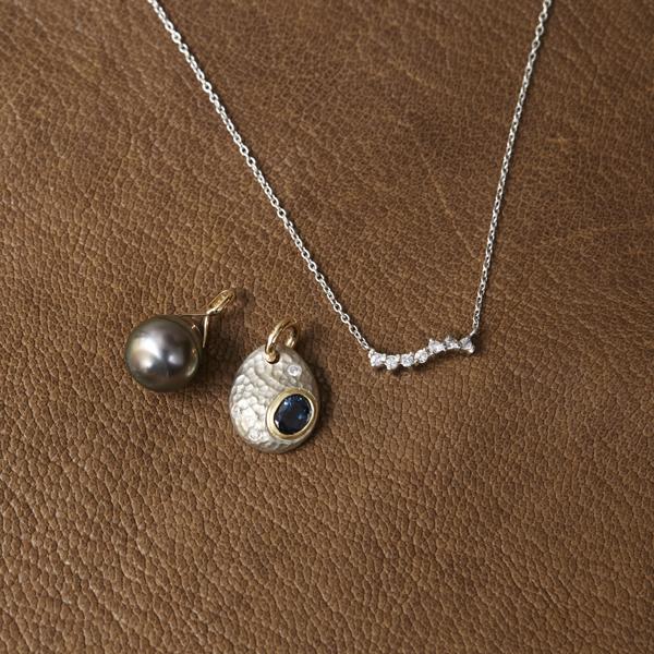 reform_sapphire_necklace.jpg